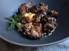 peppered beef shank in red wine sauce