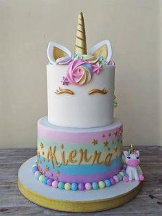 unicorn cake - Vali's birthday cake ideas - Unicorn Themed Birthday Party, Birthday Cake Girls, Unicorn Party, 5th Birthday, Unicorn Birthday Cakes, Birthday Ideas, Rainbow Unicorn, Unicorn Foods, Unicorn Cakes