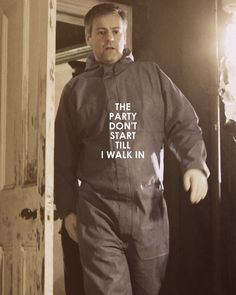 Actually it's when Sherlock arrives, but Lestrade is good Sherlock Bbc, Sherlock Fandom, Martin Freeman, Benedict Cumberbatch, Hunger Games, Not My Division, Rupert Graves, Mrs Hudson, Harry Potter