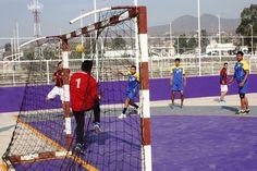 En la unidad deportiva Miguel Hidalgo se puso en marcha el selectivo estatal de handball, con la participación de 7 equipos pertenecientes a 13 instituciones de nivel superior, quienes buscan ...