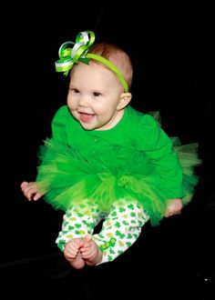 Green Stacked Hair Bow, Headband, and Tutu