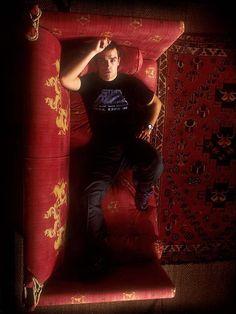 Robbie Williams by Alvaro Villarrubia Cinema Uk, Top 10 Actors, Clive Owen, Javier Bardem, Robbie Williams, Lenny Kravitz, All About Music, Celebrity Photos, Picture Photo