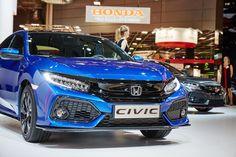 Honda Civic Coupe, Honda Civic Hatchback, Honda Civic 2017, Honda Cars, Cute Cars, Cars Motorcycles, Nissan, Classic Cars, Automobile