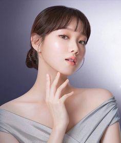 Korean Beauty, Asian Beauty, Weightlifting Fairy Kim Bok Joo Wallpapers, Lee Sung Kyung Fashion, Weighlifting Fairy Kim Bok Joo, Bts Eyes, Dramas, Kim Book, Cute Korean Girl