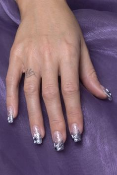 Have stunning Nails with Nail Art!