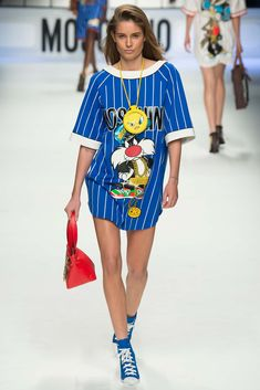 #Moschino Fall 2015 Ready-to-Wear - Collection - Gallery - Style.com