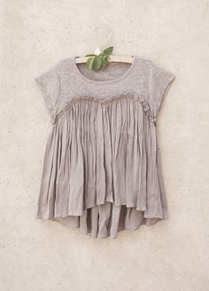 *NEW* Brianna Top in Opal Gray