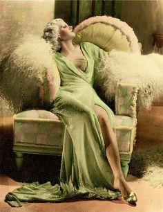 Vintage Glamour, Old Hollywood Glamour, Golden Age Of Hollywood, Vintage Hollywood, Hollywood Stars, Vintage Beauty, Classic Hollywood, Vintage Ladies, 1920s Glamour