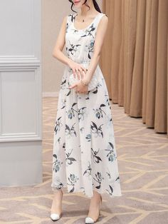 Buy Flowy Round Neck Elastic Waist Floral Chiffon Maxi Dress online with cheap prices and discover fashion Maxi Dresses at Fashionmia.com.