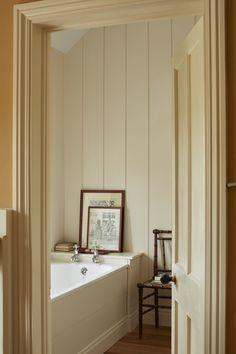 English Farmhouse, English Country Decor, French Country, Modern Country, Modern Boho, Farmhouse Style, Bathroom Layout, Bathroom Interior, Bathroom Ideas