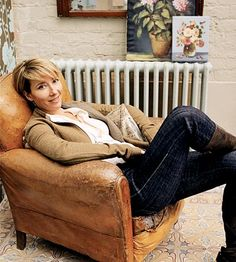 Emma Thompson, screenwriter, actress....she's sitting in my favorite type of chair; burnished leather.