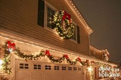 Cool Christmas Outdoor Decorations Ideas 56 #outdoorholidaydecorations