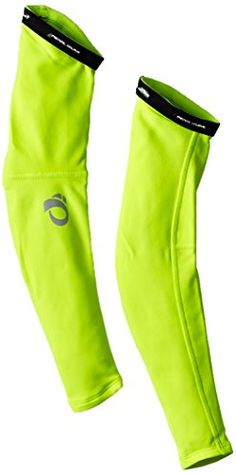 Cold Weather Biking Gear: What to wear in the cold for winter cycling - Ride Elite Thermal Arm Warmer, Pearl Izumi. Winter cycling gear for the arms, biking in cold weathe - Winter Cycling Gear, Cycling Wear, Cycling Outfit, Cycling Tips, Winter Gear, Cycling Shorts, Road Cycling, Mountain Bike Shoes, Mountain Biking