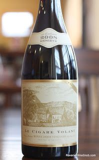 Bonny Doon Vineyard Le Cigare Volant Reseve 2008 - Guaranteed To Make Someone's Christmas Merry! http://www.reversewinesnob.com/2012/12/bonny-doon-vineyard-le-cigare-volant-reserve.html
