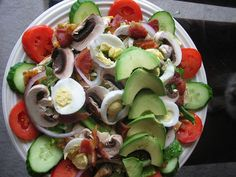 """If you're trying to lose weight, experts suggest """"eat salads!"""" While the fresh veggies are absolutely full of fiber and low in calories, the tasty Salad Toppings, Salad Bar, Grilled Chicken Strips, Chicken Bacon, Diet Recipes, Healthy Recipes, Healthy Foods, Ketogenic Recipes, Easy Recipes"""