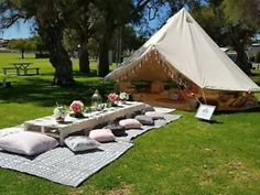 Garden Party Decorations, Garden Parties, Outdoor Parties, Tent Decorations, Sommer Pool Party, Tenda Camping, Yurt Tent, Zelt Camping, Canvas Bell Tent