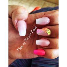 babyboomer #nails #sugareffect #p!nk #iLoveit