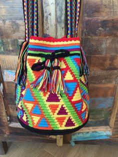 OOAK Mochila bag Wayuu technique tapestry by creaconlemani