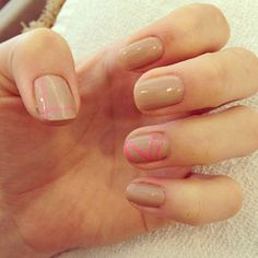 Check out this mod striped manicure for Prom!
