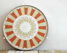 ROUND sixties tray, vintage serving trays, MOD design, modern serve dish, pie and cake serving