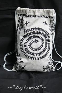 Warli on bags
