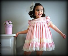 Toddler/Girl.1T,2T,3T,4Y,5Y,6Y+.Batiste,Valencienne lace.Heirloom.Flower dress.Baptism.Wedding.Christening gown.Birthday.Communion.Handmade.