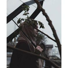 Hijab Dp, Hijab Niqab, Muslim Hijab, Hijab Chic, Hijabi Girl, Girl Hijab, Girl Beach Pictures, Pinterest Photography, Islam Women