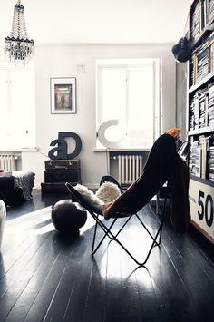 CREATIVE LIVING from a Scandinavian interior design design office design and decoration design de casas Beautiful Interior Design, Beautiful Interiors, Home Interior Design, Interior Architecture, Interior Modern, Wabi Sabi, Butterfly Chair, Deco Design, Design Trends