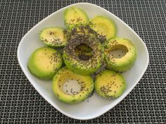 Avocado met chiazaden