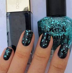 Beautiful nails-I love the green color