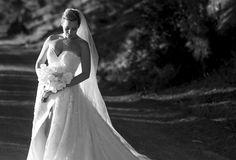 Best Wedding and Portrait Photographers Darrell Fraser South Africa Portrait Photographers, One Shoulder Wedding Dress, Wedding Venues, Wine, Wedding Dresses, Fashion, Wedding Reception Venues, Moda, Wedding Places