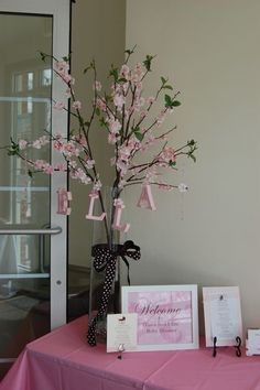 Diana and Ellis' Pink and Brown Baby Shower Baby Shower Tree, Cute Baby Shower Ideas, Baby Shower Photos, Baby Shower Decorations For Boys, Girl Shower, Baby Shower Games, Shower Party, Baby Shower Parties, Shower Favors