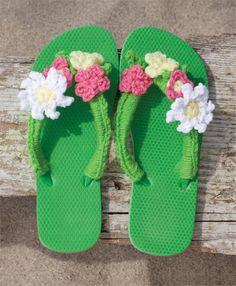 Flowery Flops | crochet today ♪ ♪ ... #inspiration_crochet #diy GB
