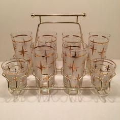 Vintage carrier rack. #retro #midcentury #vintagestyle #thrifting #vintagedrinkingglasses #atomic