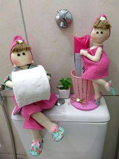 Fabric Dolls, Paper Dolls, Bath Doll, Diy Toilet Paper Holder, Felt Doll Patterns, Bathroom Crafts, Towel Crafts, Sewing Dolls, Diy Home Crafts