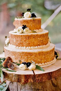 Fall Wedding Cakes That WOW ❤ See more: http://www.weddingforward.com/fall-wedding-cakes/ #weddings