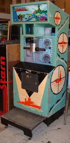 Sea Raider Submarine Arcade Game. Retro Arcade Machine, Arcade Game Machines, Vending Machines, Vintage Games, Vintage Toys, Pinball, Retro Arcade Games, Penny Arcade, Retro Images