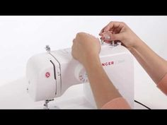 Learn how to thread your SINGER® sewing machine including upper thread, bobbin winding, pulling up the bobbin thread, adjusting thread tension and more! Easy Sewing Projects, Sewing Projects For Beginners, Sewing Hacks, Sewing Crafts, Sewing Tips, Simple Sewing Machine, Sewing Machine Thread, Foot Shop, Zipper Tutorial