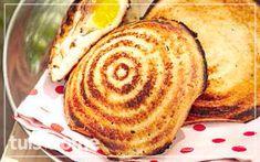 ontbytjafels-oor-die-kole-resep Breakfast Dishes, Breakfast Recipes, Dessert Recipes, Desserts, Mince Recipes, Cooking Recipes, Yummy Recipes, Recipies, Kos