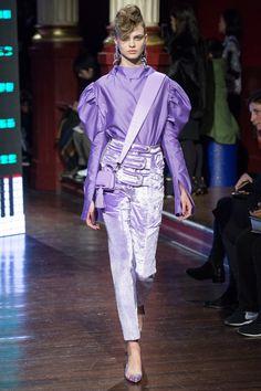 SMALL BAG Kenzo Fall 2016 Ready-to-Wear Fashion Show - Dasha Khlystun