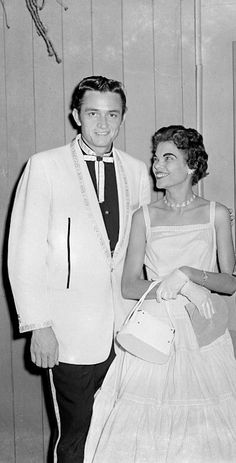 Young Johnny Cash And Vivian Johnny Cash and his fi...