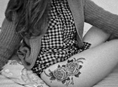 beautiful hip/thigh piece #tattoo roses