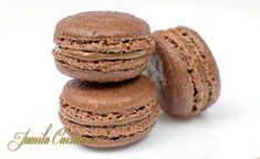 Macarons cu ciocolata - reteta video