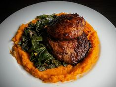 A place for your favorite vegan recipes! Please read the sticky thread before posting or commenting, thank you! Portobello Mushroom Burger, Stuffed Portabello Mushrooms, Grilled Portobello, Green Bbq, Sauteed Collard Greens, Vegan Main Dishes, Mashed Sweet Potatoes, Mushroom Recipes, A Food