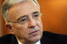 Guvernatorul Bancii Nationale a Romaniei (BNR), Mugur Isarescu, a declarat, marti, ca institutiile bancarenu ar avea motive prudentiale sau de afaceri pentru a reesalona creditele fara restante si a