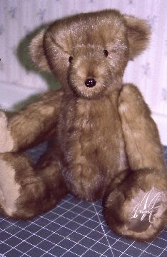 DIY Mink Fur Teddy Bear What a wonderful thing to do with a loved ones fur you would never wear! A great heirloom idea ..rf