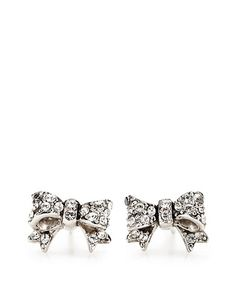 I have an obsession with bows, I'm not sure when it started but earrings are next on my list!