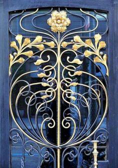 6 Amazing Art Nouveau Architecture You Have To Know / FresHOUZ.com