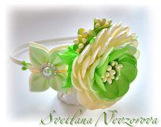 Фотография Love Flowers, Diy Flowers, Fabric Flowers, Ribbon Crafts, Ribbon Bows, Headband Hairstyles, Diy Hairstyles, Kanzashi Tutorial, Book Markers