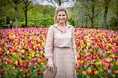 Kingdom Of The Netherlands, Dutch Royalty, Zara, Queen Maxima, Poses, Spring Garden, 50th Birthday, Instagram, Image